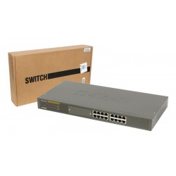 Switch 16/24 puertos D-Link 10/100 Mbps con puerto para módulo de fibra