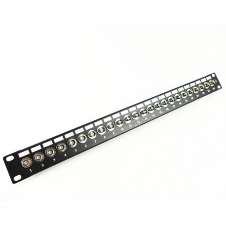 Patch panel de 24 puertos BNC hembra para rack 19""