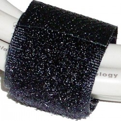 Cinta adherente ordena cables 20x160mm 100 unidades negro