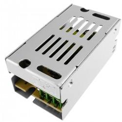 Fuente de alimentación. Transformador eléctrico industrial 12VDC 1.25A
