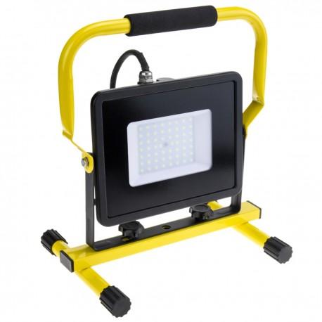 Foco de LED IP65 portable 50W 220V 6500K con Soporte